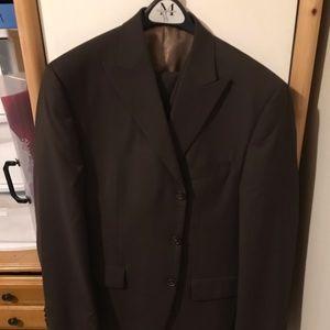 Brown Sean John 3 piece 3 button suit 42s